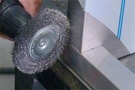 Brosser- acier inox brossé